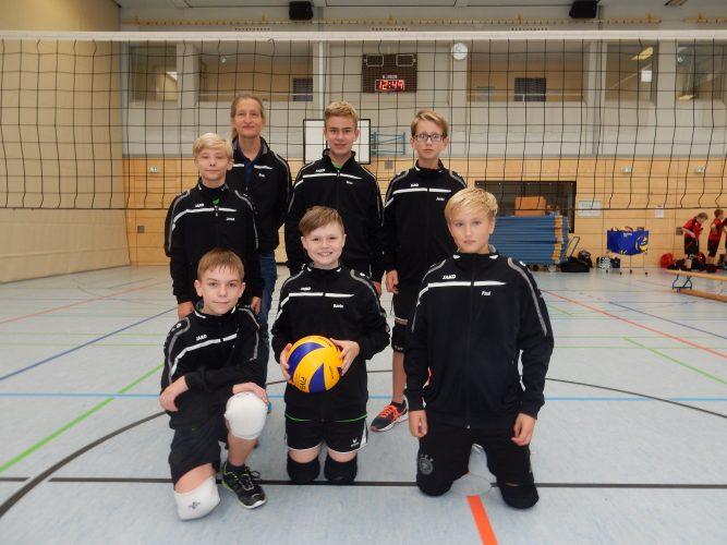 1. Spieltag der U14 männlich - 1. Platz!!