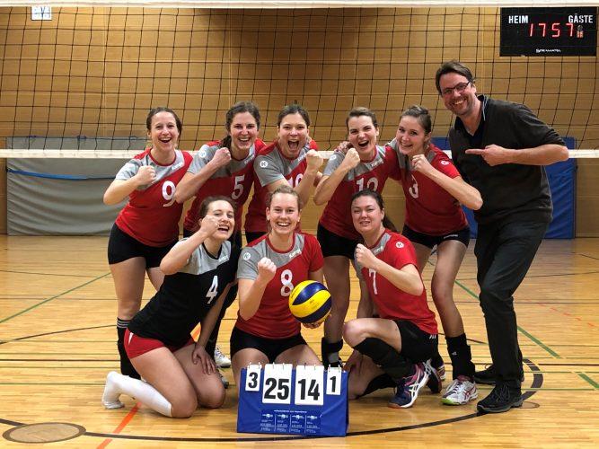 Volleyballdamen gewinnen Lkr-Derby gegen Altenmarkt - Niederlage gegen Bonbruck